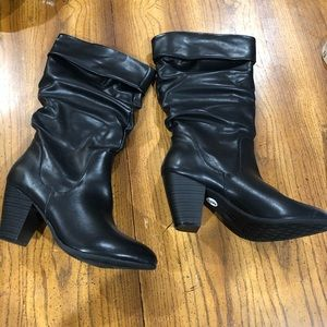 Esprit fold-over slouchy boots size 9